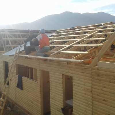 Construcción cabañas madera.