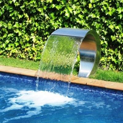 Cascadas para piscinas, cuando la belleza y la salud van de la mano