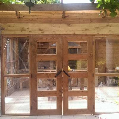 De patio desaprovechado a quincho cerrado