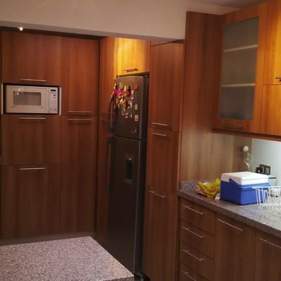 Ampliación cocina y baño de servicio casa La Reina
