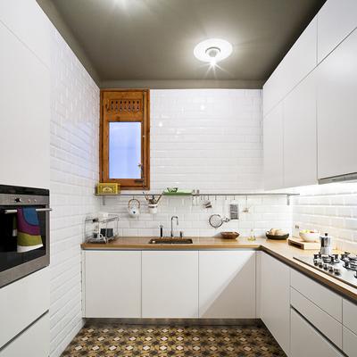 azulejo metro blanco en cocina