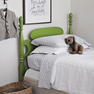 Respaldo cama en greenery