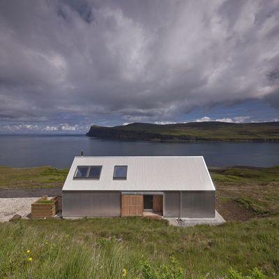 Una casa para los amantes del verano en la montaña