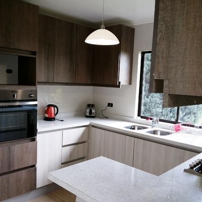 """Muebles de cocina en """"Lomas de lo Aguirre"""""""
