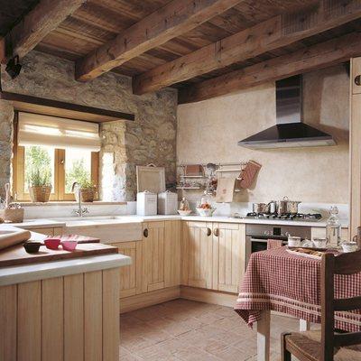 cocina rústica en casa rural