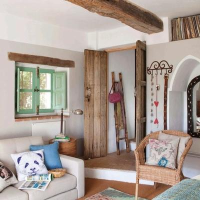 Casa pintado en tonos pastel