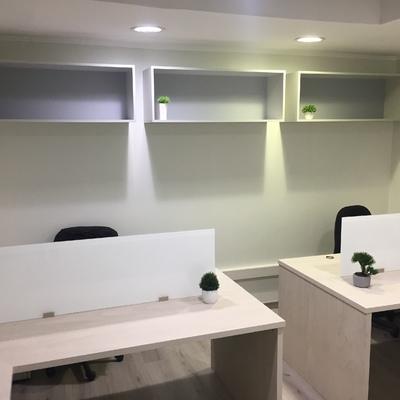 Remodelación y mobiliario Oficina CP