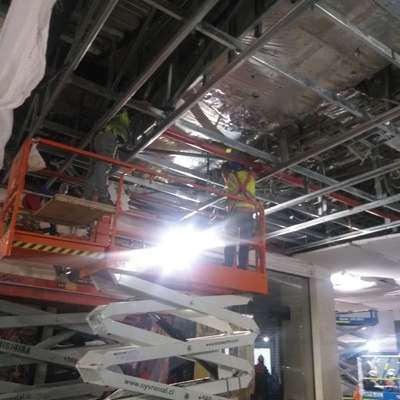 Instalación cielo mall