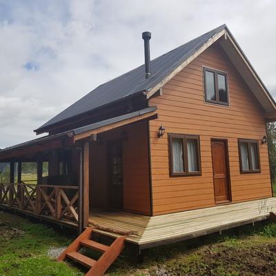 Construcción cabaña Rustica 70 metros cuadrados