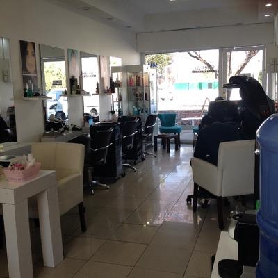 Remodelación, Gestión y Tramitación en Municipalidad Santiago - Peluquería