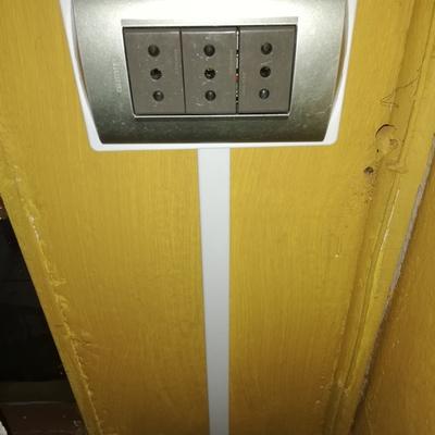 Instalación de tablero de alumbrado y normalización de sistema eléctrico interior