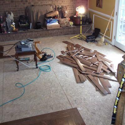 instalacion de piso de madera roble con diseño personalizado