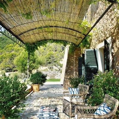 Descubre 10 patios delanteros que te enamorarán