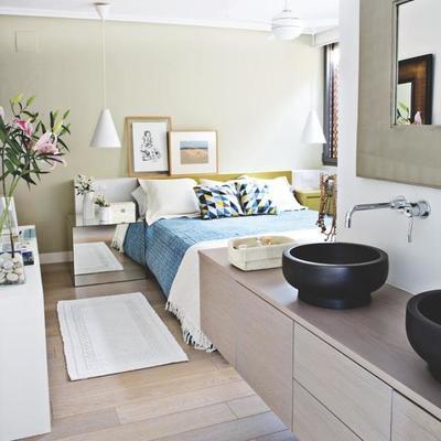 lavabo integrado en el dormitorio