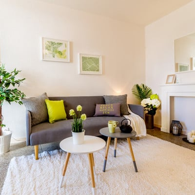 living home staging