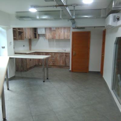 Comedor edificio corporativo Metro Valparaíso