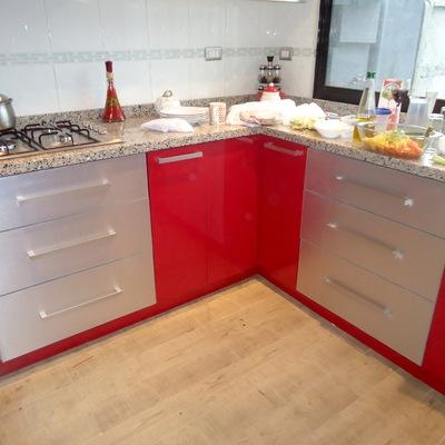 Muebles De Cocina Rojos. Cool Cocina Con Encanto En Color Rojo With ...