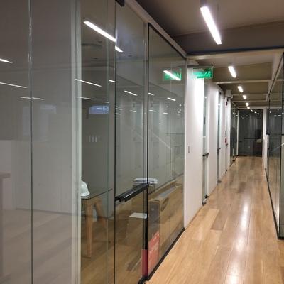 Habilitación oficina comercial Grupo Alma Cruz