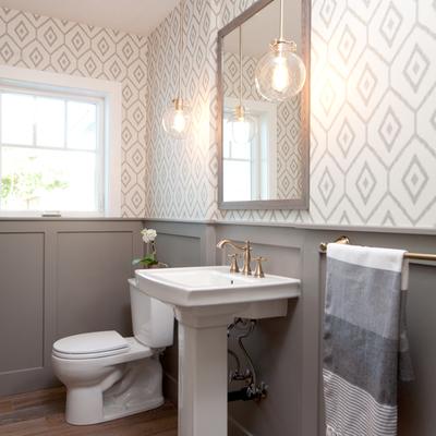 Papel pintado en baño (2)