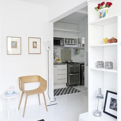 "Un departamento de 35 m² que apuesta por el ""all in white"""