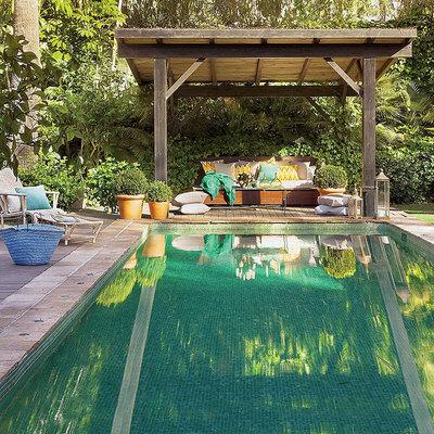 piscina con gresite