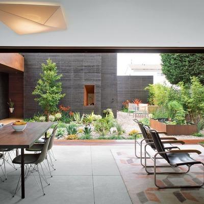 Puerta corredera entre living y patio