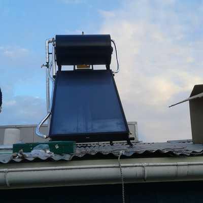 Instalación de  10 colectores solares 120 litros