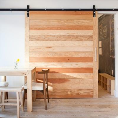DIY: Construye tu propia puerta corredera con pallets