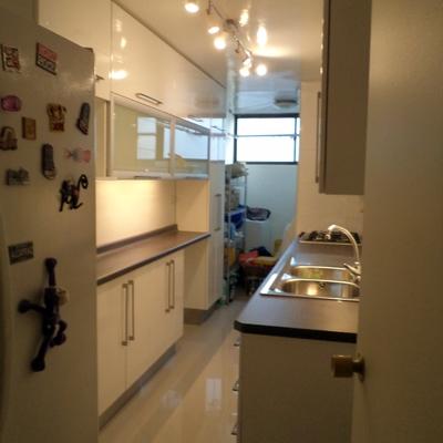 Remodelación total cocina de un departamento.