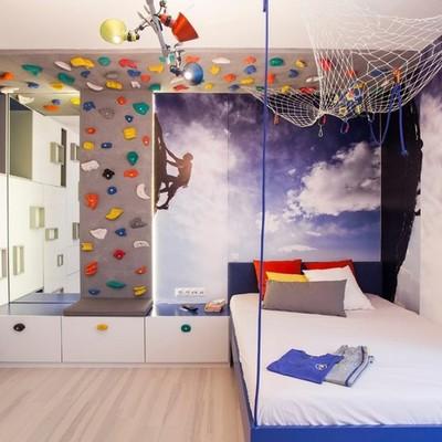 Rocódromo en habitación infantil