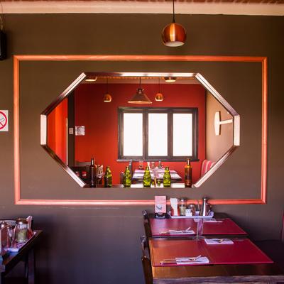 Pizzería · Diseño y Remodelación completa de local