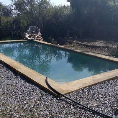 Terraza colina y piscina ecológica para esta comunidad