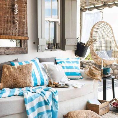 terraza con persiana