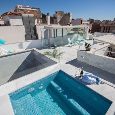 Terraza con decoración mediterránea