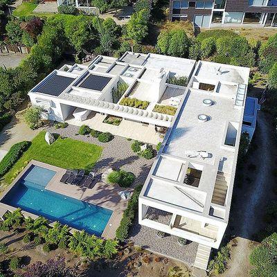 Construcción casa 280m2 minimalista sector oriente de Santiago