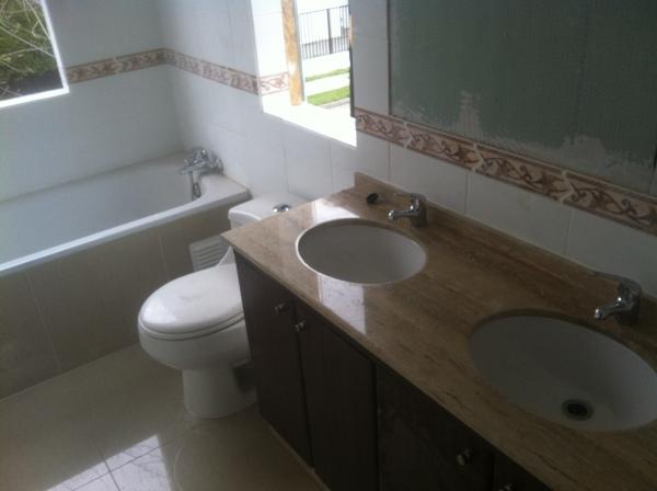 Foto ampliacion de casas remodelacion de casas for Precio marmol chile