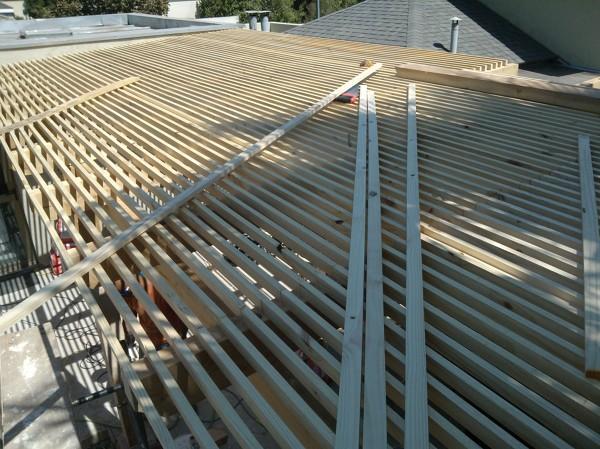 Foto armado de techo quincho de construye proyectos for Losa techo