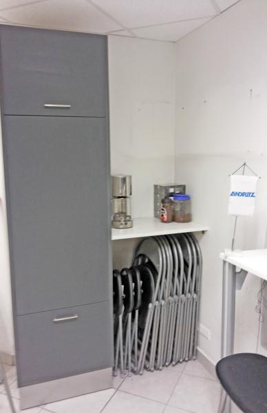 Foto cambio mobiliario oficina de constructora altea for Oficina de cambio