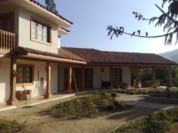 Foto Casa Estilo Colonial 2 Pisos 4 De Socoing Ltda