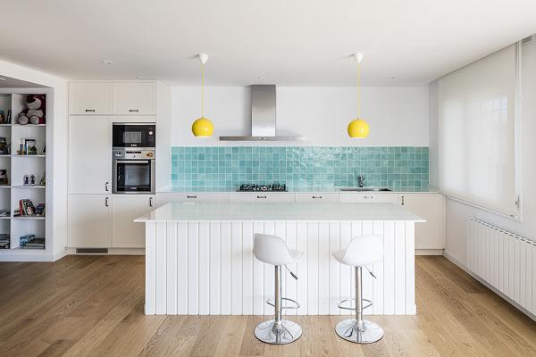 Azulejos Baño Azules:Foto: Cocina Blanca con Azulejos Azules #116251 – Habitissimo