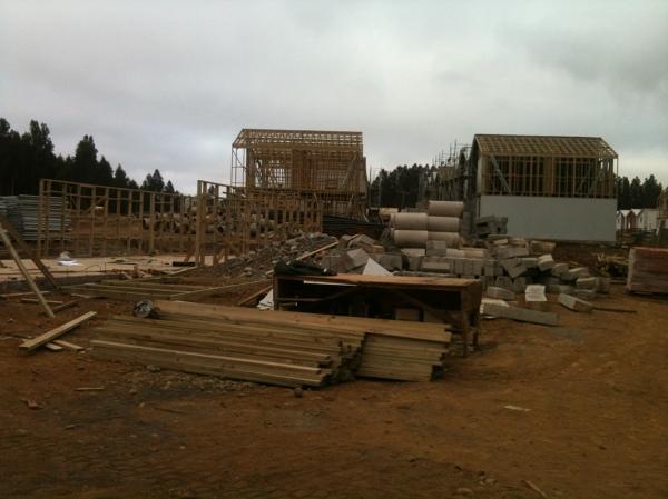 Foto construcci n casas un techo para chile de gymae for Construccion de piscinas precios chile