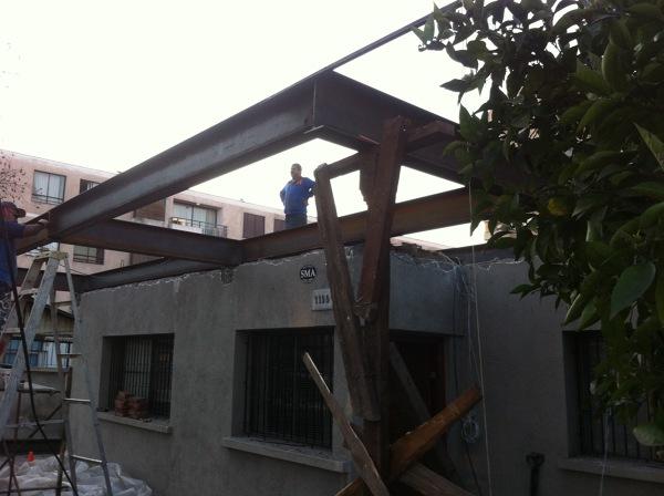 Foto Estructura Metalica En Voladizo Para Losa De