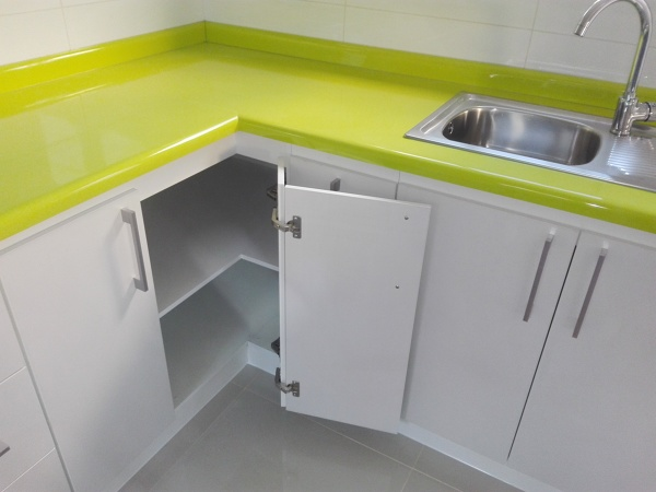 Foto mueble esquinero puerta doble para aprovechar la - Mueble esquinero cocina ...