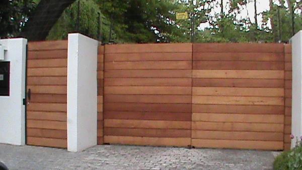Foto rejas cierres perimetrales piscinas y portones entrada principal 5 de ihc ingenier a y - Rejas de madera ...