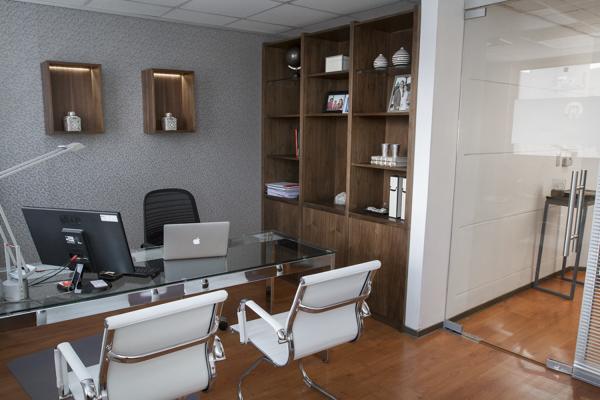 Foto: Remodelacon e Interiorismo Oficinas de Moon Design ...