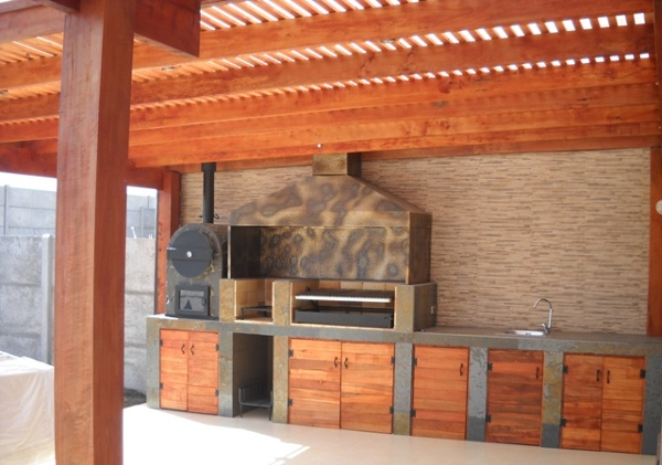Foto techo y quincho de itamar ltda 70001 habitissimo for Cobertizo de jardin moderno de techo plano