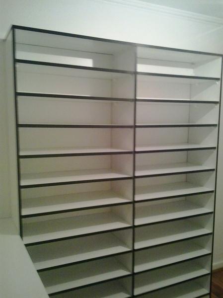 Foto walking closet zapatero de ideas muebles 89065 for Closet para zapatos modernos