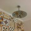 Baño instalación de plato de ducha en cielo raso