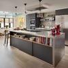 Cocina con buena distribución y espaciosa