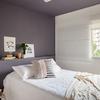 Respaldo de cama gris